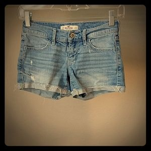 Hollister Distressed Jean Shorts - 00